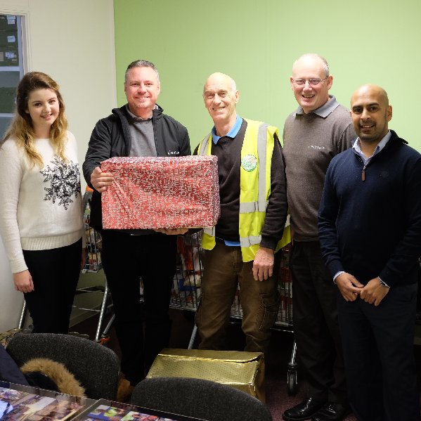 Entropie donate food boxes to MK Food Bank