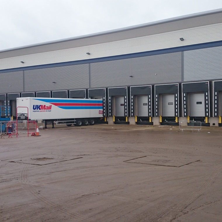 New warehouse depot's cabled for UK Mail